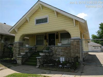 Jackson County, Johnson-KS County Single Family Home For Sale: 3636 Indiana Avenue