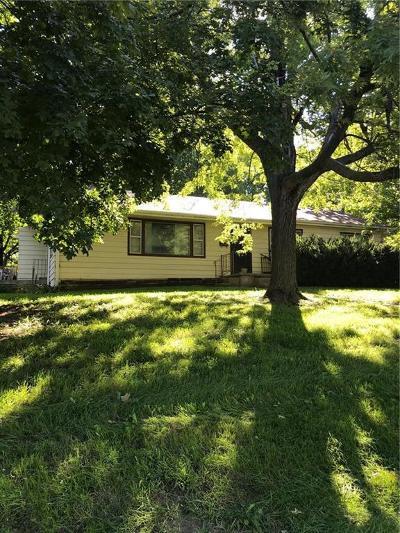 St Joseph Single Family Home For Sale: 1815 S 36th Street