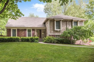 Leawood Single Family Home For Sale: 10509 Ensley Lane