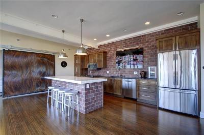 Kansas City Condo/Townhouse For Sale: 2120 Wyandotte Street #21