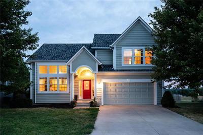 Ottawa Single Family Home For Sale: 15 Westwood Circle