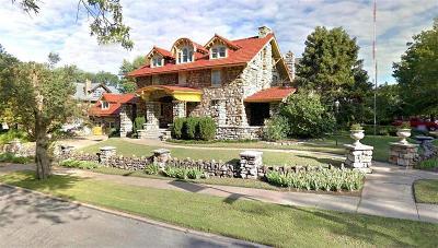 Kansas City Single Family Home For Sale: 3220 Karnes Boulevard