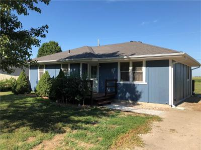 Doniphan County Single Family Home For Sale: 111 Evergreen Street