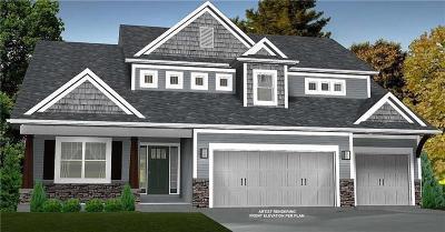 Single Family Home For Sale: 10501 N Randolph Avenue