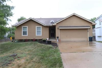 Single Family Home Contingent: 8700 N Wheaton Court