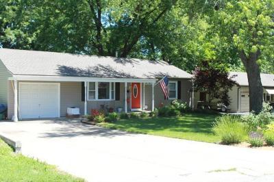 Overland Park Single Family Home Show For Backups: 7101 Outlook Street