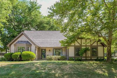 Overland Park Single Family Home For Sale: 9681 W 83 Street