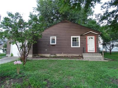 Brown County Single Family Home For Sale: 507 South 2nd Street