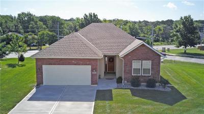 Single Family Home For Sale: 1103 SW Hoke Court
