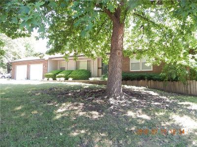 Grandview Single Family Home For Sale: 12825 Bristol Avenue