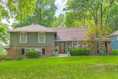 Overland Park Single Family Home For Sale: 6301 W 101st Place