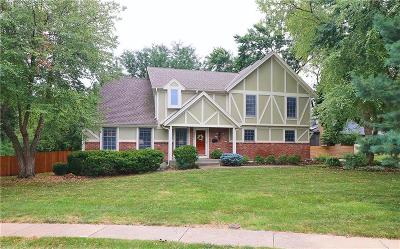 Overland Park Single Family Home For Sale: 9901 Hardy Drive
