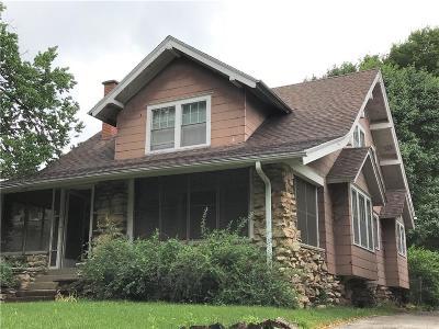 Single Family Home For Sale: 116 Huntington Road