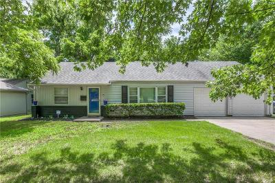 Single Family Home For Sale: 2805 W 75th Street