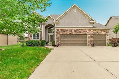 Olathe Single Family Home Show For Backups: 11432 S Lakecrest Drive