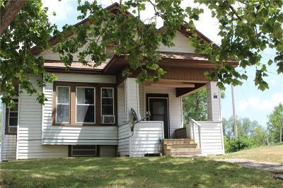 Dekalb County Single Family Home For Sale: 201 N Sloan Street