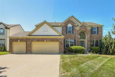 Lenexa KS Single Family Home For Sale: $360,000