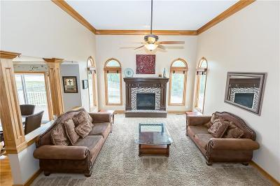 Grain Valley Single Family Home For Sale: 1216 SW Foxtail Drive