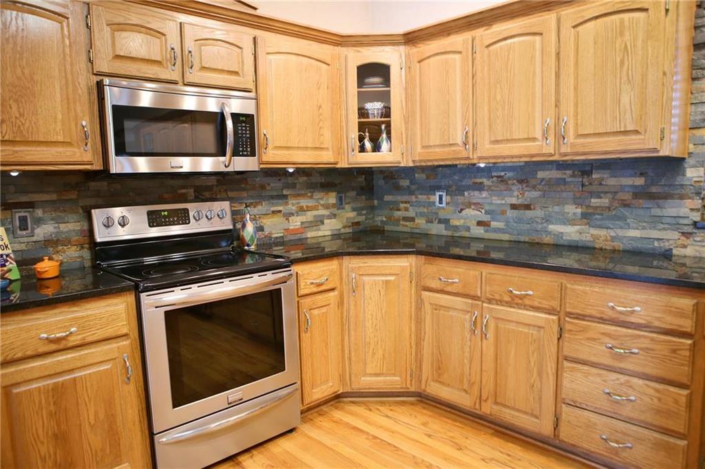 600 N Oak Street Gardner Ks Mls 2120517 Quinn Real Estate