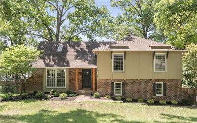 Leawood Single Family Home For Sale: 10316 Overbrook Road