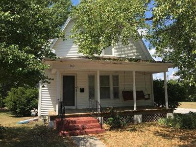Grundy County Single Family Home For Sale: 703 E 7th Street