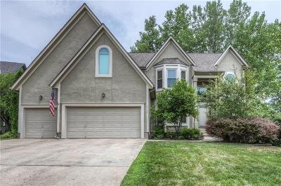 Overland Park Single Family Home For Sale: 12700 Connell Street