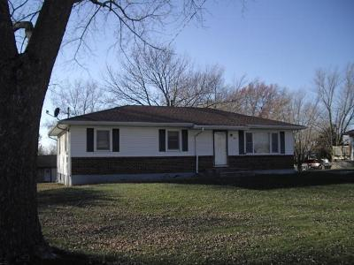 Lathrop Single Family Home For Sale: 202 East Street