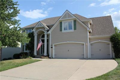 Lee's Summit Single Family Home For Sale: 1012 SW Sunflower Drive
