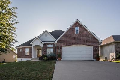 Grain Valley Single Family Home For Sale: 505 Graystone Drive
