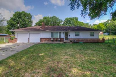 Kansas City KS Single Family Home For Sale: $155,000