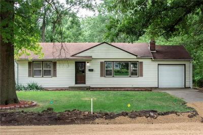 Single Family Home For Sale: 8227 W 88th Street