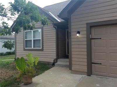 Gardner Single Family Home For Sale: 921 E Pumpkin Ridge Street