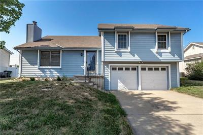 Gardner Single Family Home For Sale: 200 E Westhoff Place
