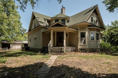 Baldwin City Single Family Home For Sale: 512 Quayle Street