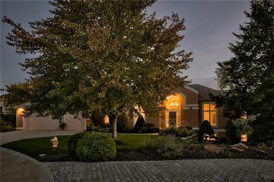 Olathe Single Family Home For Sale: 10610 S Highland Lane