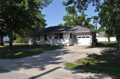 Gentry County Single Family Home For Sale: 107 S Third Street