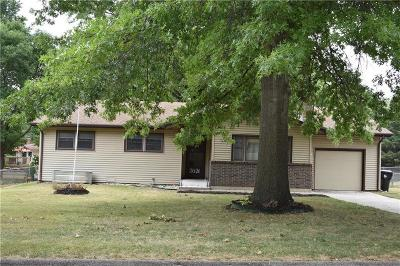 Topeka Single Family Home For Sale: 2621 SE Tidewater Drive
