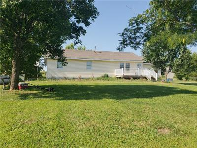 Bates County Single Family Home For Sale: 8242 NE State Rt 18