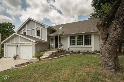 Shawnee Single Family Home For Sale: 12428 W 72nd Terrace