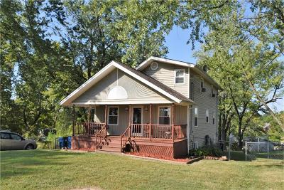 Excelsior Springs Single Family Home For Sale: 744 Salem Road