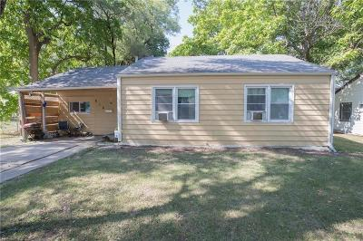 Olathe Single Family Home For Sale: 616 W Oak Street