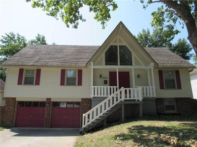Raytown Single Family Home Show For Backups: 8909 E 81st Street