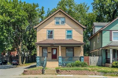 Kansas City Single Family Home For Sale: 208 E 31st Street