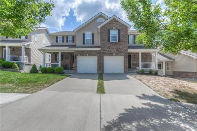 Kansas City Duplex For Sale: 3637 NW 85th Street