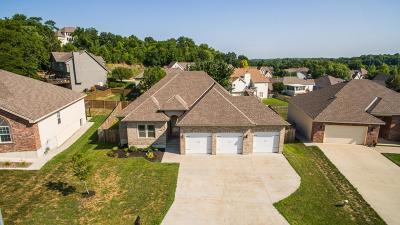 Blue Springs Single Family Home For Sale: 20912 E 50th Terrace