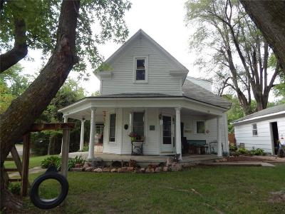 Andrew County Single Family Home For Sale: 775 N Main Street