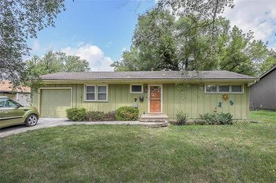 Olathe Single Family Home For Sale: 1112 E Elm Street