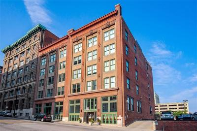 Kansas City Condo/Townhouse For Sale: 706 Broadway Boulevard #411