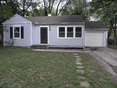 Kansas City Single Family Home For Sale: 4509 N Campbell Street