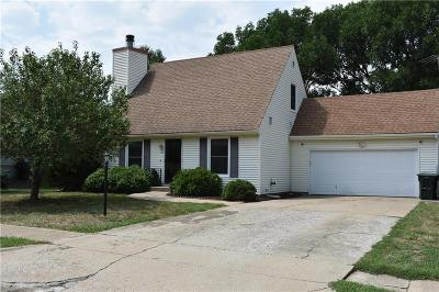 Shawnee County Single Family Home For Sale: 3517 SW Atwood Avenue